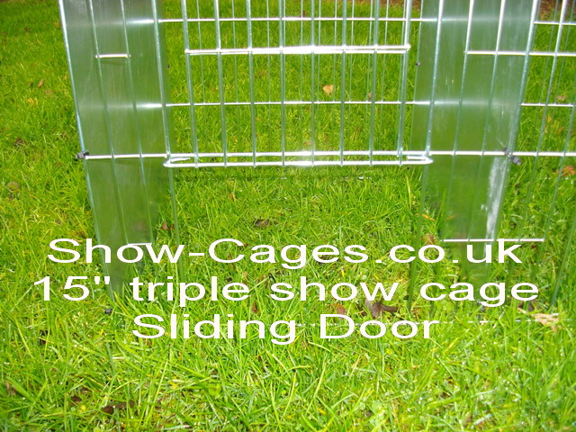 "15"" show cage triple with sliding doors"